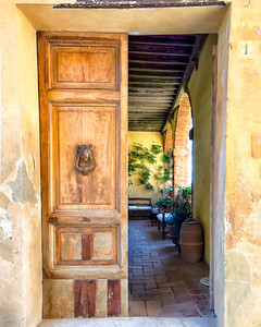 Tuscan landscapes + a couple